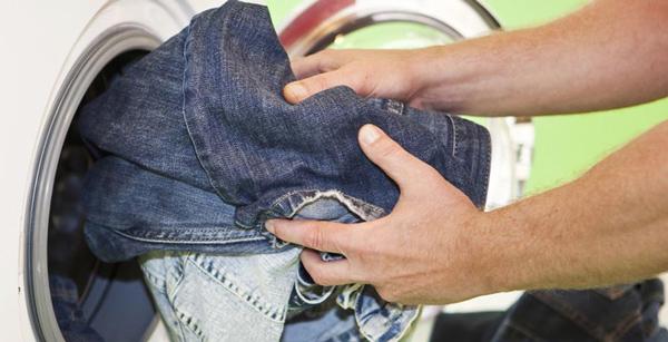 Giặt quần jean bằng máy giặt